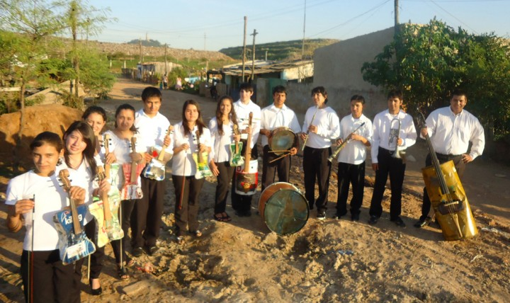 1040Recycled-Orquestra-Cateura